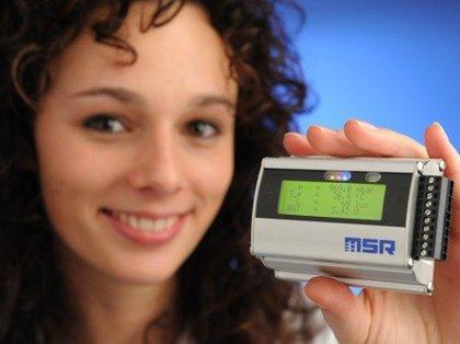 Data logger de LCD autônomo com até 5 sensores e 4 entradas analógicas MSR255